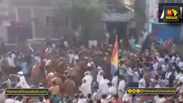 मध्य प्रदेश – नासमझी की परकाष्ठा, जैन मुनि का स्वागत करने उमड़ी भीड़
