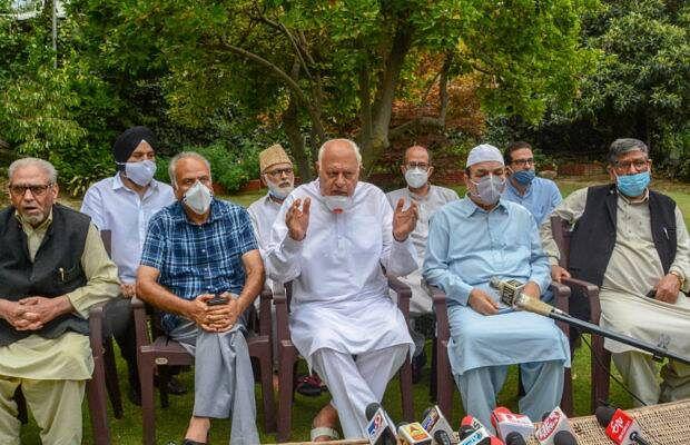 कांग्रेस समेत जम्मू-कश्मीर की 6 पार्टियों का ऐलान, अनुच्छेद 370 की बहाली के लिए करेंगे संघर्ष