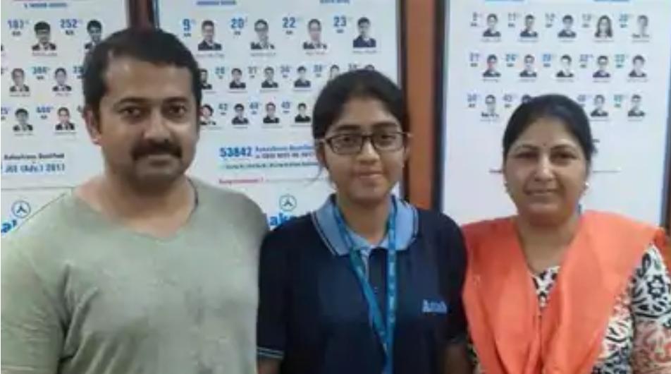 NEET 2020, इंदिरापुरम गाजियाबाद की स्निग्धा बासु ने पहले ही प्रयास में 102 रैंक हासिल की