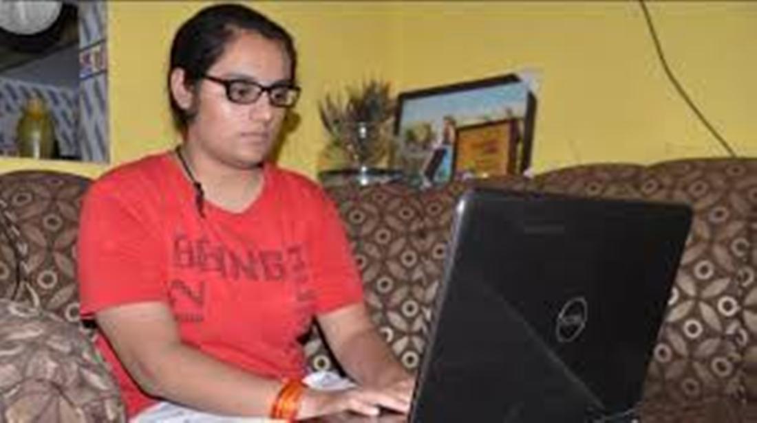 साइबर दुनिया में गाजियाबाद की बेटी ने रचा इतिहास, कामाक्षी का नाम एशिया बुक ऑफ रिकॉर्ड्स में