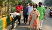 नगर निगम द्वारा चलाए जा रहे DustFreeGhaziabad अभियान में मिलावार्ड 36 की जनता का सहयोग