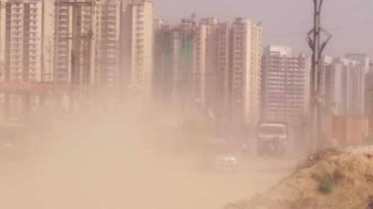 प्रदूषण नियंत्रण बोर्ड ने की बड़ी कार्यवाही , उल्लंघन करने पर ग्रेटर नोएडा प्राधिकरण समेत बिल्डरों पर लगाया जुर्माना