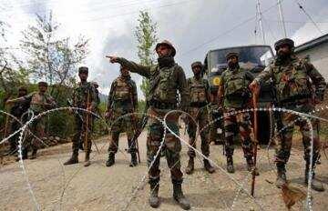 जम्मू-कश्मीर में आतंकियों से मुठभेड़, सेना के 5 जवान शहीद