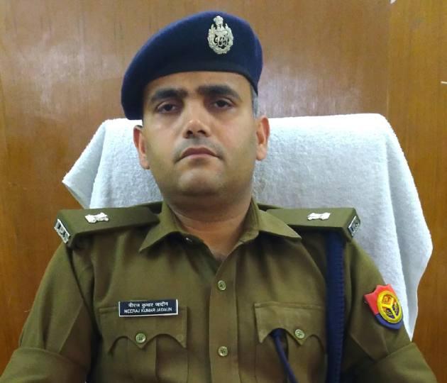 गाजियाबाद, चुराए गए जेवर में हिस्सा न देने पर दोस्तों ने की हत्या-एसपी देहात नीरज सिंह जादौन