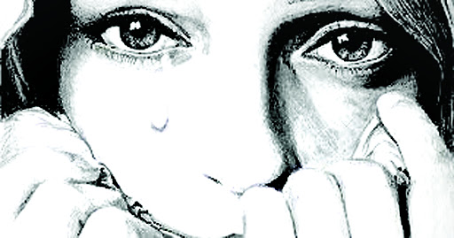 अकेली महिला समाज में असुरक्षित क्यों है? क्यों नारी देह आकर्षण, अधिकार और अपराध का शिकार बनती जा रही है?