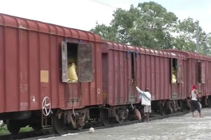 नोएडा में बनने वाली पहली रिसर्च इंसटैट्यूट जहां ट्रेन और ट्रैक पर होगा रिसर्च