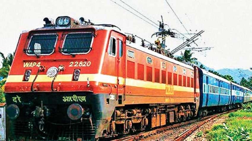 Indian Railways: रेलवे ने बदला नियम, अब 9 महीने तक रद्द टिकटों का पाएं रिफंड, ये हैं शर्तें