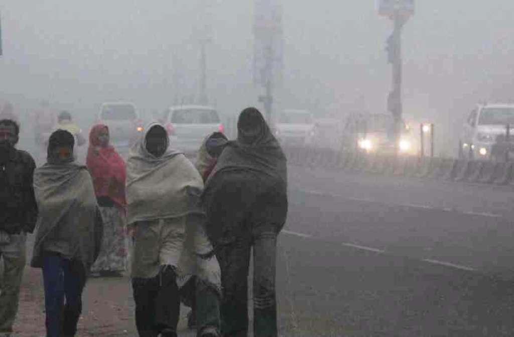 दिल्ली में ठंड का छह साल का रिकॉर्ड टूटा, अभी नहीं है राहत की उम्मीद