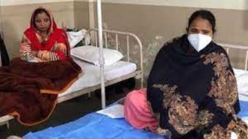 COVID-19 वैक्सीनेशन : गुरुग्राम में 'कोवैक्सीन' लगवाने के बाद दो महिलाओं की तबीयत बिगड़ी