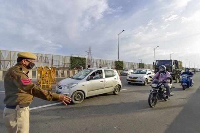 नोएडा से दिल्ली में नहीं जा सकेंगे हैवी व्हीकल, कितने दिन रहेगी पाबंदी यहां पढ़ें पूरी जानकारी