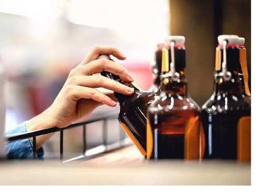 यूपी में छह लीटर से ज्यादा शराब घर पर रखने के लिए लेना होगा 'होम लाइसेंस'
