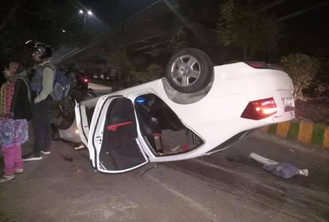 गाजियाबाद,रईसजादों ने दिव्यांग पर चढ़ाई कार, मदद को आए लोगों को दौड़ा-दौड़ाकर पीटा
