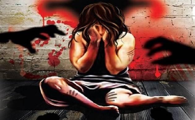 दिल्ली में अपनों के बीच ही असुरक्षित महिलाएं ,रेप के आंकड़ों ने किया रिश्तों को शर्मसार