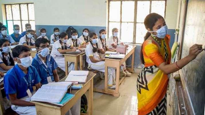 UP School Reopen Date: उत्तर प्रदेश में दस से खुलेंगे कक्षा छह से आठ तक के स्कूल, प्राइमरी कक्षाएं एक मार्च से
