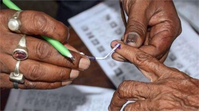 UP Panchayat Chunav: चुनावी खर्च का नहीं दिया ब्योरा तो जमानत होगी जब्त, निर्वाचन आयोग ने दिए निर्देश
