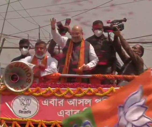 Amit Shah Road Show in Nandigram: अमित शाह ने नंदीग्राम में दिखाई ताकत, रोड शो में उमड़ा जनसैलाब