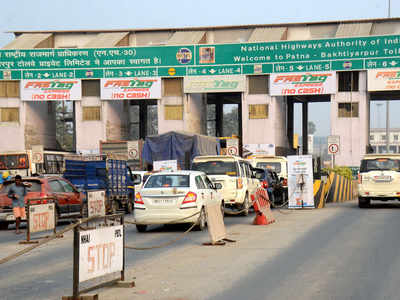 High peak-hour charges reduce toll plaza rush