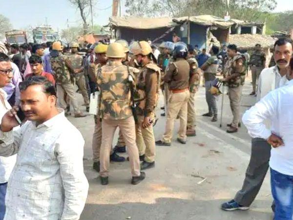 UP में गैंगरेप पीड़ित के पिता की मौत पर सस्पेंस:कानपुर में पुलिस की गाड़ी से उतरते ही ट्रक ने रौंदा, ड्राइवर और दरोगा के आरोपी बेटे का साथी गिरफ्तार