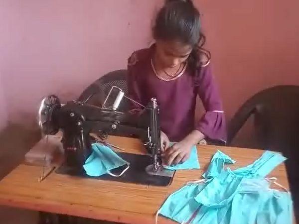 12 साल की अंजली मुफ्त में लोगों को मास्क बांट रही हैं, तो मनोज महज एक रुपए में दे रहे हैं ऑक्सीजन का सिलेंडर