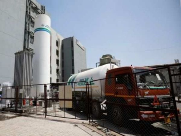 कोरोना से लड़ाई की कवायद:UP में 46 और उत्तराखंड में 7 नए ऑक्सीजन प्लांट को मिली मंजूरी, PMO ने जारी की सूची