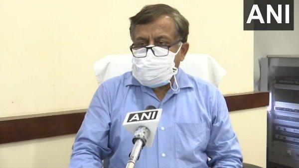 UP: मुख्यमंत्री कार्यालय में बना ऑक्सीजन कंट्रोल रूम, जिलों में सप्लाई पर चौबीस घंटे नजर