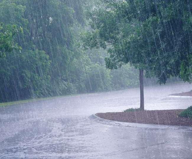 Weather Update: यूपी-बिहार में दिख रहा साइक्लोन यास का असर, इन राज्यों में भारी बारिश की चेतावनी, जानें- अगले तीन दिन कैसा रहेगा मौसम