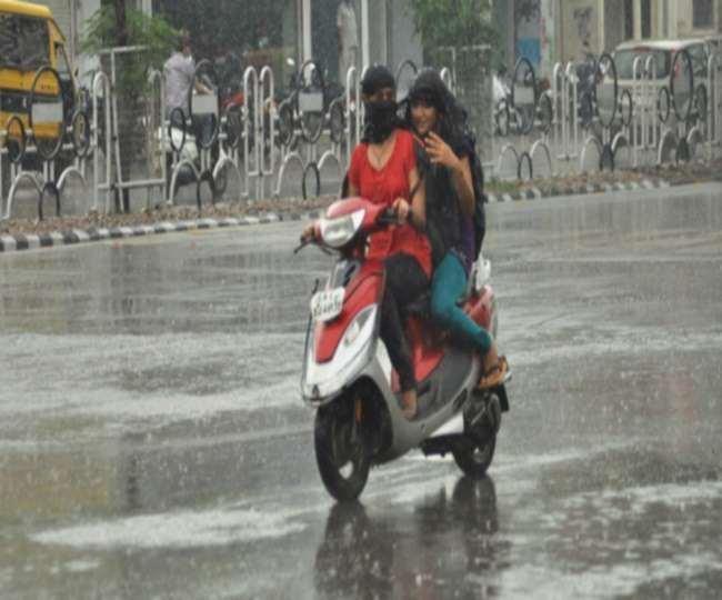 Delhi Monsoon 2021 Update: दिल्ली में इस बार कब पहुंचेगा मानसून, जानने के लिए पढ़ें यह स्टोरी