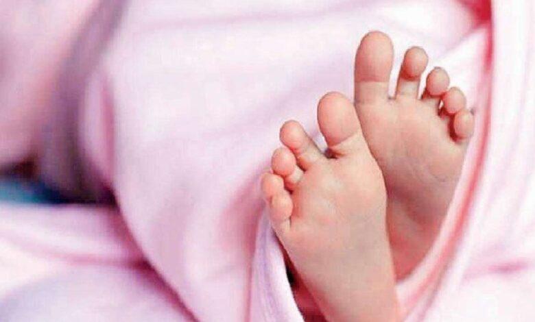 UP: कोरोना हुआ तो Hospital में भर्ती बच्चे को छोड़ गई माँ, 4 दिन बाद मासूम की मौत, शव लेने भी नही आया कोई
