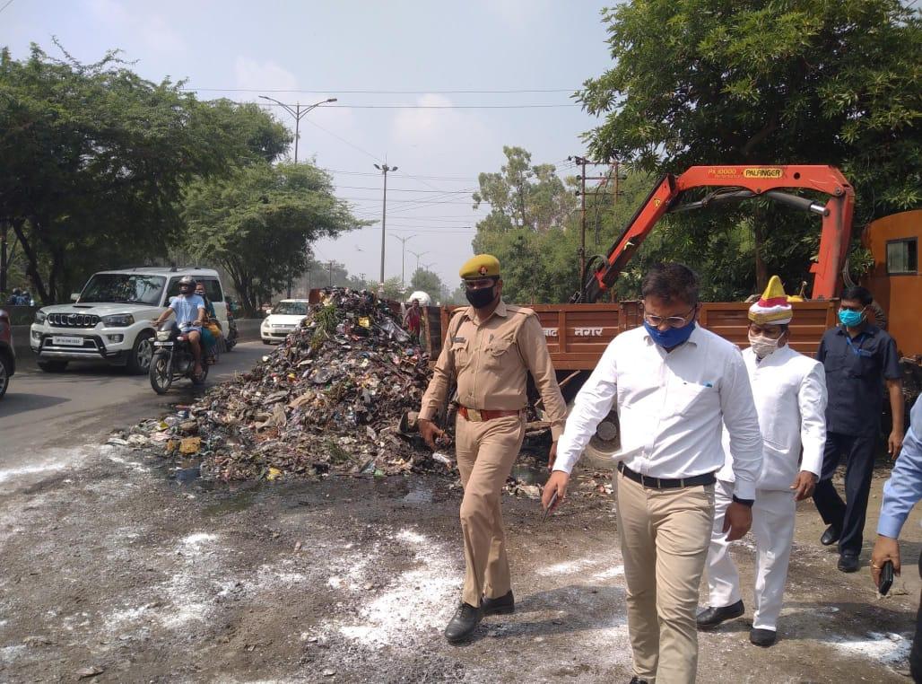 युद्ध स्तर पर मानसून से पहले शहर के 525 नालों की सफाई व्यवस्था दुरुस्त करने के नगर आयुक्त ने दिए आदेश