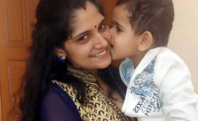 Mother's Day: जब एक मां ने शुरू की थी UPSC की तैयारी, झेलने पड़े थे समाज के ताने, आज हैं IAS