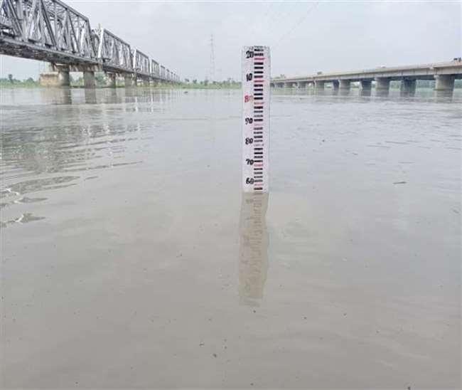 Flooding relief arrangement : मुरादाबाद में बाढ़ का अलर्ट जारी, चौकियां खुलेंगी, 23 गांवों की कराई जा रही निगरानी