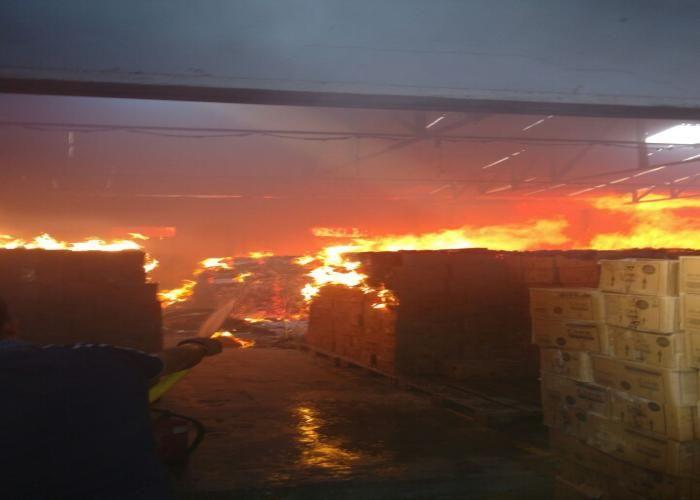 गाजियाबादः साहिबाबाद औद्योगिक क्षेत्र में लगी भीषण आग, दमकल की 6 गाड़ियों ने पाया काबू