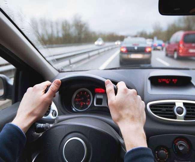 Road Accident : यूपी में लर्नस से ज्यादा लाइसेंस होल्डर करते हैं हादसे, लाइसेंस प्रक्रिया पर उठ रहे सवाल