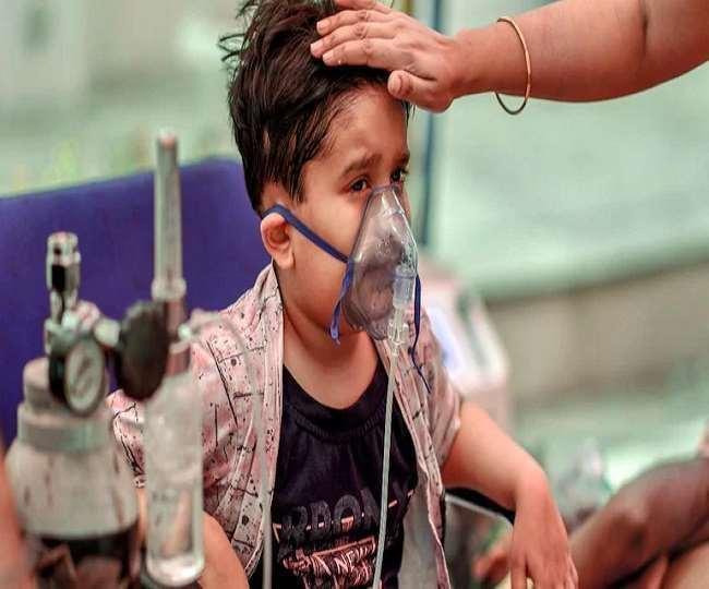 अक्टूबर-नवंबर में भारत में पीक पर पहुंच सकती है कोरोना की तीसरी लहर, देश के वैज्ञानिकों ने जताई आशंका