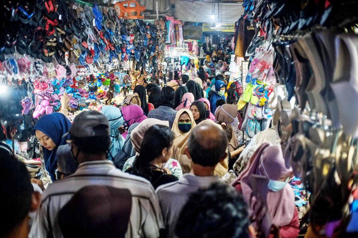 काम की खबरः दिल्ली में सोमवार से रात 8 बजे के बाद भी खुल सकेंगे बाजार और मॉल