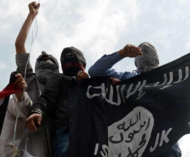 जम्मू-कश्मीर में हो सकता है आतंकी हमला, सीमा पार बढ़ी हलचल के बाद खुफिया एजेंसियों ने जारी किया अलर्ट