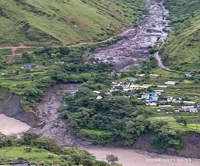 Cloudburst In Uttarakhand : उत्तराखंड में बादल फटने से तबाही, नौ लोग लापता, कई मकान ध्वस्त, काली नदी का प्रवाह रुका