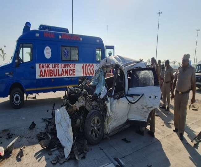 दर्दनाक सड़क हादसे में पांच लोगों की मौत